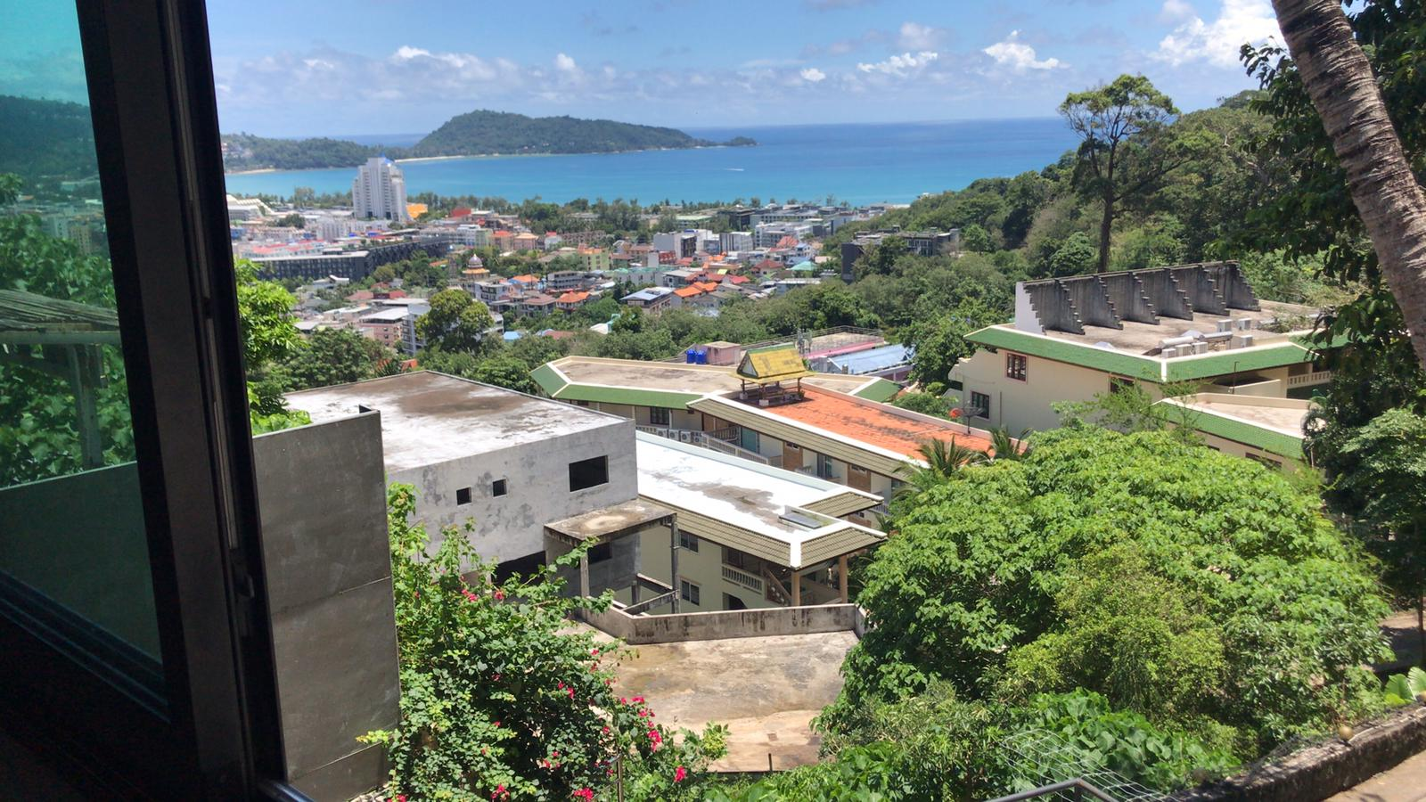 Seaview Villa with huge land plot for sale in Patong I Phuket